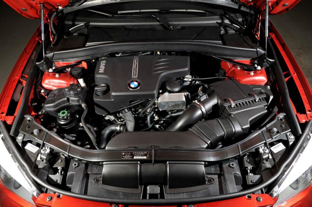تمیزی موتور خودرو