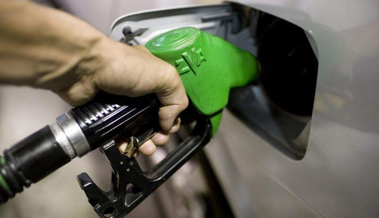 Photo of قیمت جدید بنزین در سال ۹۸ رسما اعلام شد + جدول سهمیه ⛽️