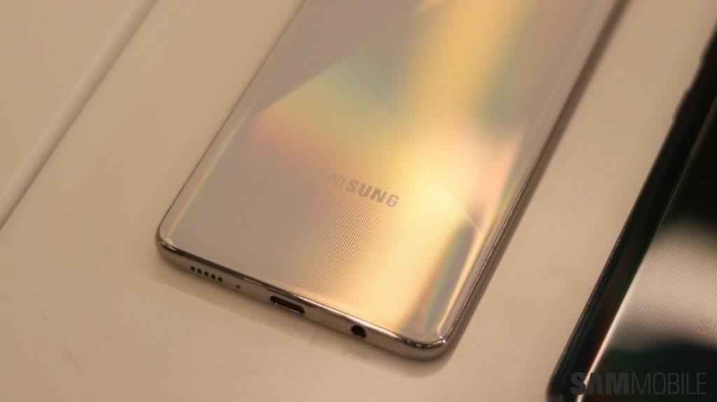 نقد و بررسی سامسونگ گلکسی ای ۵۱ - Galaxy A51