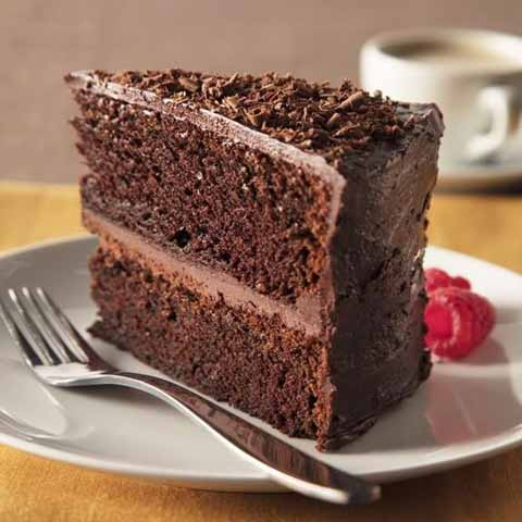 یک تکه کیک شکلاتی