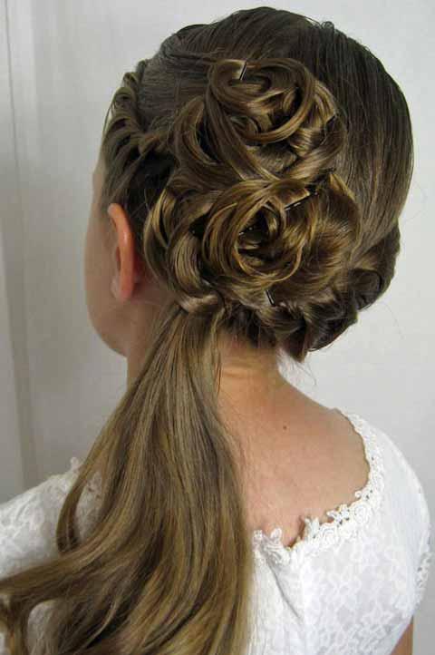 مدل موی ساده بافت و شینیون عروسی دختربچه ها
