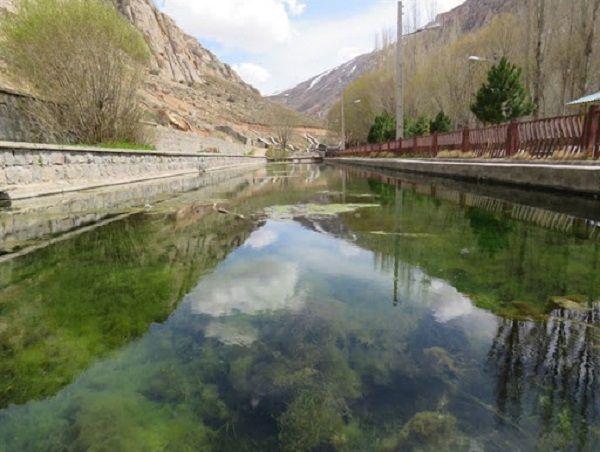 چشمه آب سرد میر عادل در روستای اندبیل