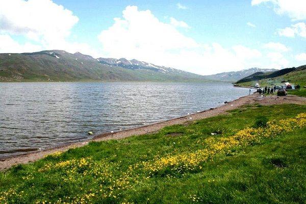 دریاچه قاراگول در روستای وارث آباد