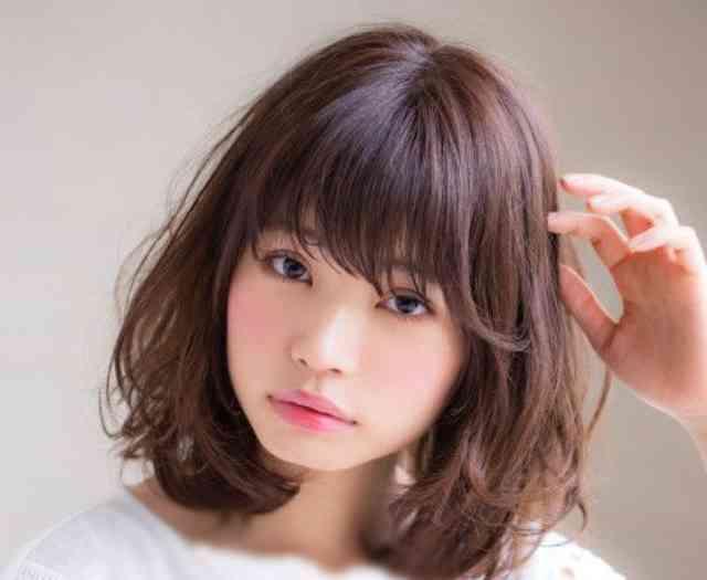 مدل مو برای صورت گرد و پیشانی کوتاه